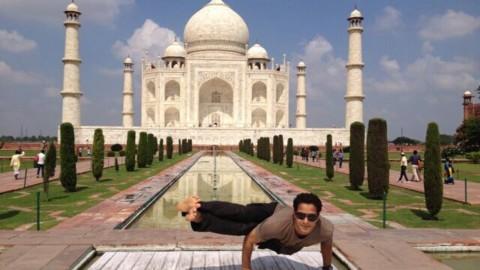 在中国的印度瑜伽老师 Indian Yoga Guru in China